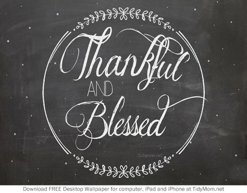 Thankful-Chalkboard-Background-at-TidyMom